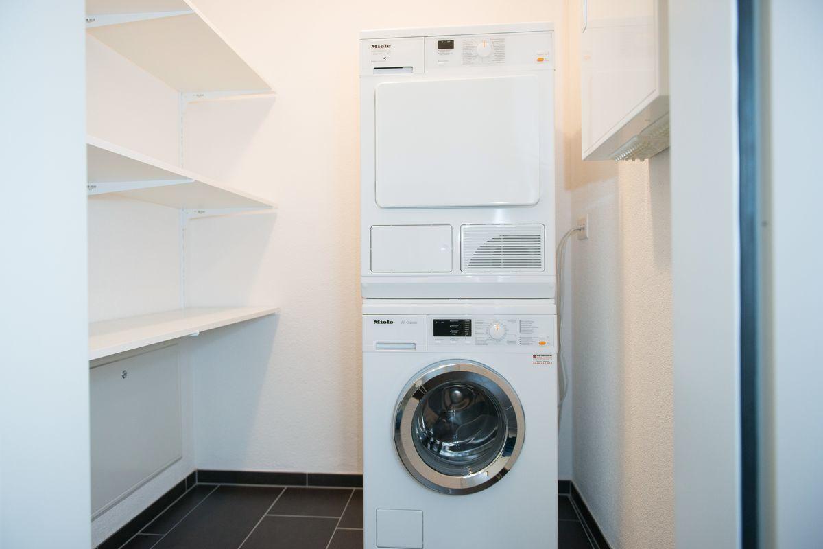 Eigene Waschmaschine / Tumbler